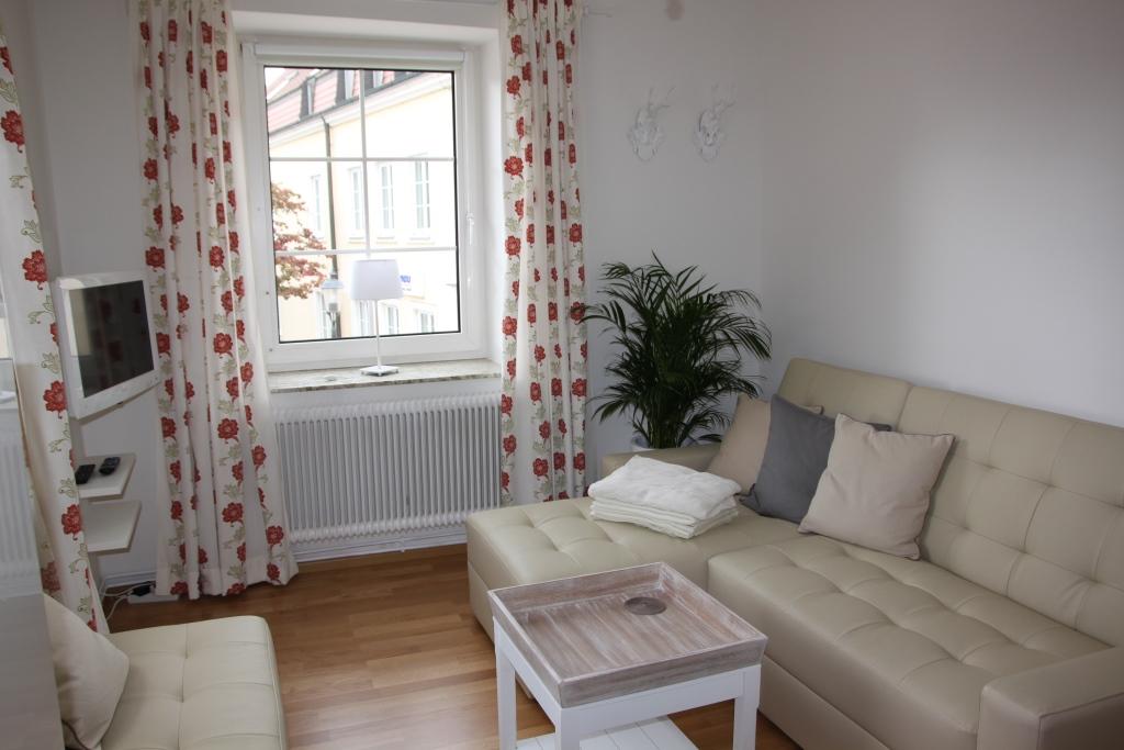 altes pf rtnerhaus. Black Bedroom Furniture Sets. Home Design Ideas